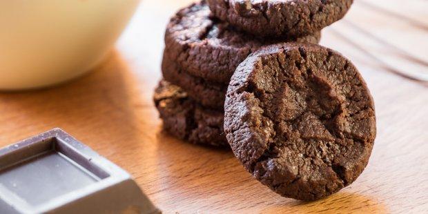 Sablés chocolat à la fleur de sel (Biscotti al cioccolato con fior di sale)